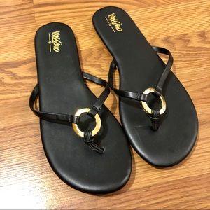 Gold Circle Skinny Strap Flip Flops
